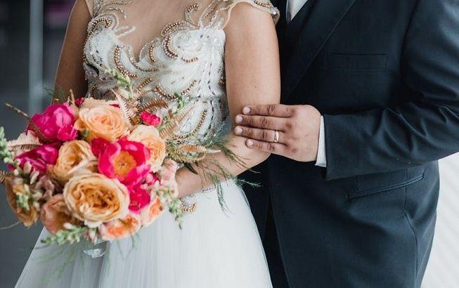 Ramo de flores en boda